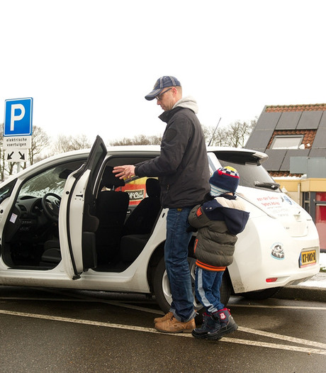 Proefrit in 'dorpsauto' Appeltern populair