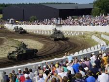 Tanks op 'catwalk' zeer goed bezocht gezinsuitje