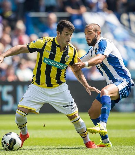 Vitesse in slotfase onderuit tegen Porto