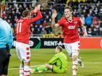 AZ wint van Dundalk na vroege goal Weghorst