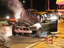 Auto afgebrand aan Tatelaarweg in Didam