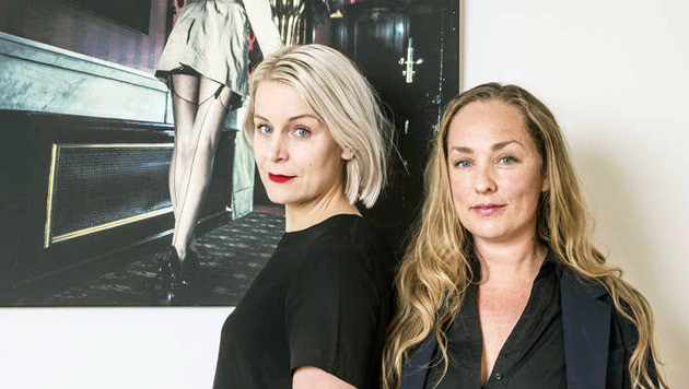Julie Ryan en Esther Meppelink van The Courtesan Club.