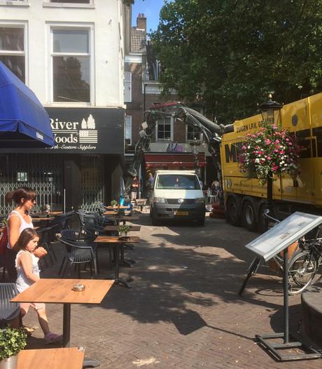 Henk Westbroek woest om overlast naast Stairway