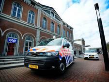 Agent en Arrivamedewerkster mishandeld op Stationsplein Dordrecht