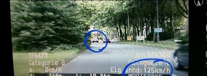 De videoauto van de politie had vrij snel beet.