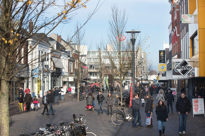 De Hoofdstraat in Veenendaal.
