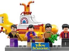 The Beatles en hun Submarine in Lego