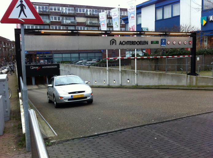 De parkeergarage Achterdoelen in Ede.