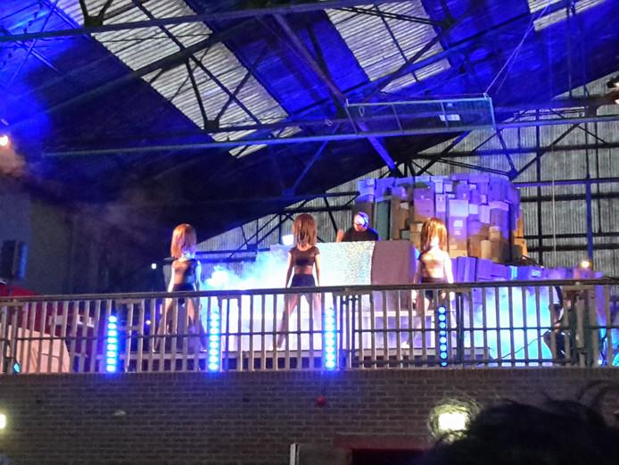 Opening van de Kunstnacht Nijmegen in het Honigcomplex.