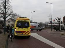 Fietser lichtgewond bij aanrijding op Breestraat