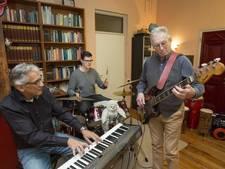 Muzikanten gaan om de maand jammen bij Gasthuiskerk (video)