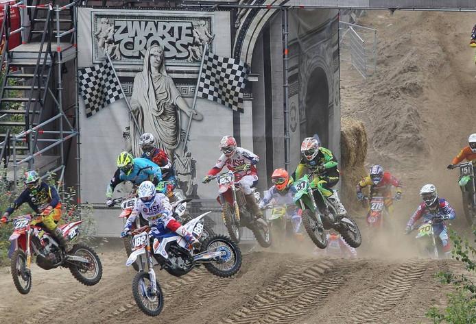 Een crosswedstrijd op de Zwarte Cross.