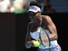 Venus Williams plaatst zich voor halve finales