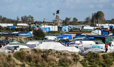 Ruim 8.100 migranten in 'jungle' Calais; ontruiming vindt maandag plaats
