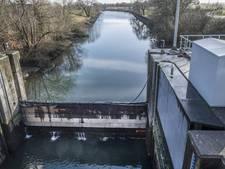 Waterschap profiteert van laag waterpeil in de Maas
