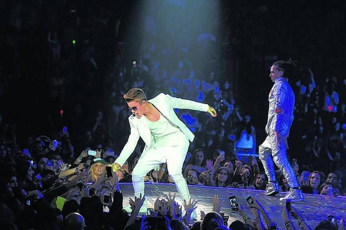 Justin Bieber tijdens een live-optreden. Foto BrittanySowacke