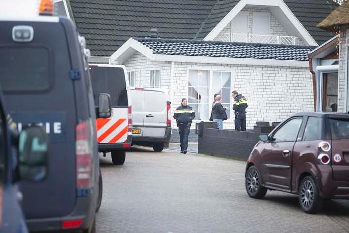 Op 12 januari 2016 deed het Afpakteam van politie op 6 locaties een inval, waaronder een woonwagenkamp aan de Terpweide in Huissen.