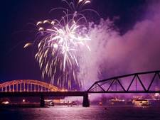 Lichtspektakel met honderden drones boven Nijmegen (video)