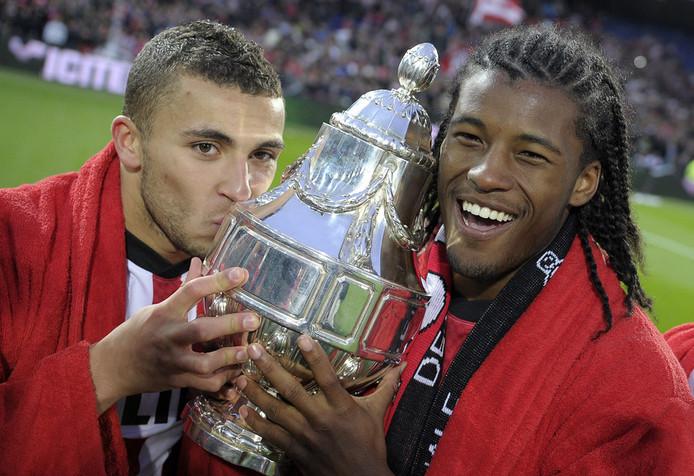 Labyad (links) en Wijnaldum vorig seizoen met de PSV gewonnen KNVB-beker.