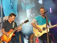 Coldplay krijgt zaal plat met gastoptreden Michael J. Fox