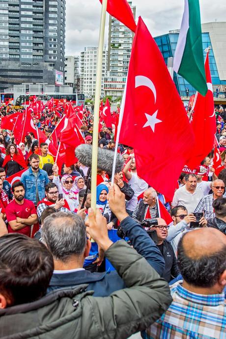 Opnieuw aanhoudingen in Rotterdam na Turkse onrust