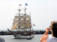 Tall ship Europa arriveert in Scheveningen