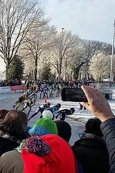 Veel fans bij eerste marathon op natuurijs, Van der Geest en Schouten pakken titel