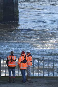 Rijkswaterstaat pompt Maas-Waalkanaal weer vol water