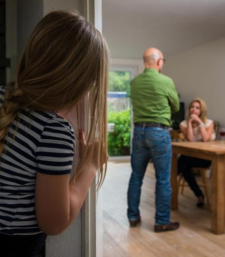 Kinderen met ouders in vechtscheiding krijgen hulp van de overheid