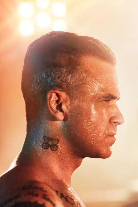 'Robbie zet op nieuwe single eindelijk masker af'