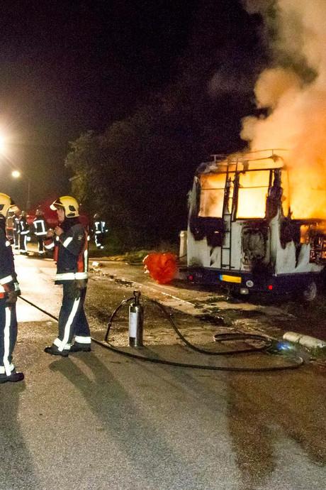 Groninger ramt huis ex met brandende camper