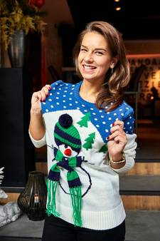 Horeca doet recordpoging 'meeste mensen in een foute kersttrui'