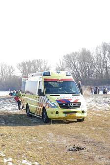 Schaatser gewond na harde val op ijs in Wageningen