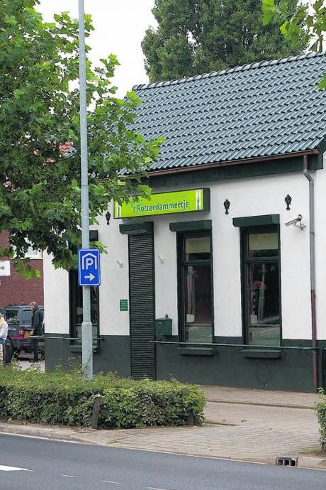Coffeeshop 't Rotterdammertje gewoon open: 'Ik ben brandschoon'
