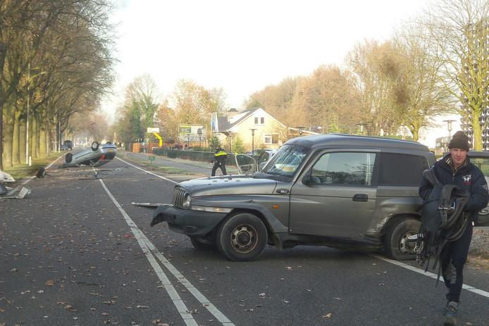 De N271 is vanwege het ongeluk afgesloten.