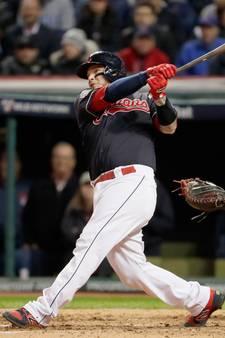 Cleveland deelt eerste tik uit in World Series