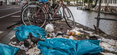 Amsterdammer klaagt vaak over vuile stad