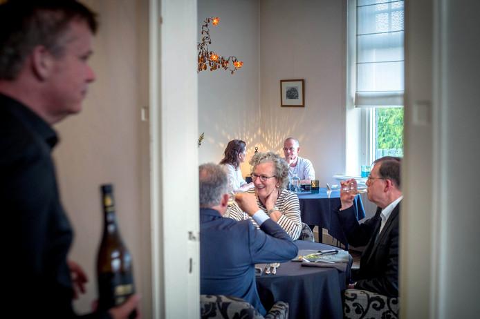 't Molenhuys, het soort restaurant waar Franse families op zondag gaan dineren.