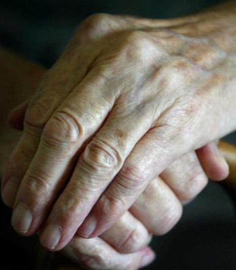 Bejaarde vrouw uit Klarenbeek maakt het goed