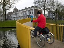 Zocherbrug in Tiel niet goed toegankelijk voor mindervaliden