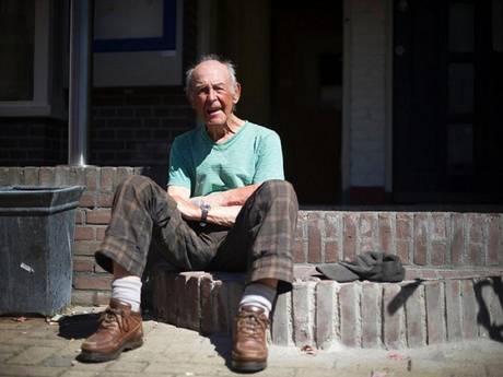 De 87-jarige man die de boot pakte en ging reizen