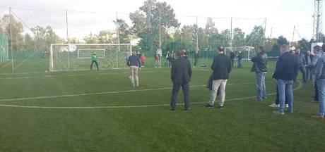 Jan Maters wint penaltybokaal Club van 19
