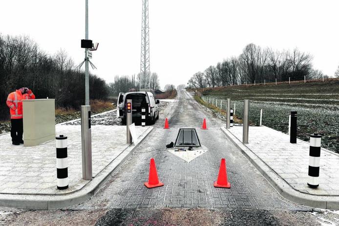 De ingebruikname van de rising step in de Loostraat in Arnhem, begin 2012. Archieffoto DG