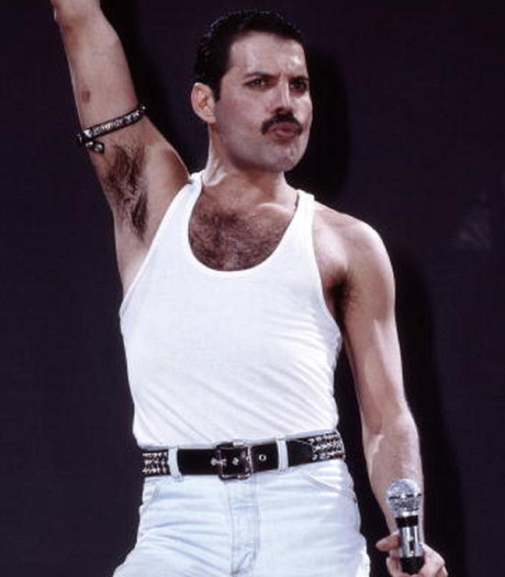 Queen herdenkt Freddie Mercury na 25 jaar nog steeds