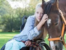 Crowdfunding voor gehandicapte ruiter Tessa (12) is succes