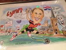 Oost Gelre huldigt Lynn Knippenborg met tekening (video)