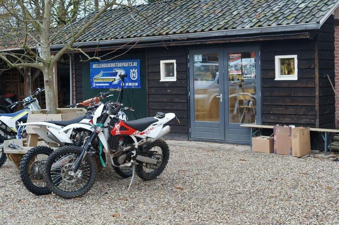 De motorzaak in De Heurne.