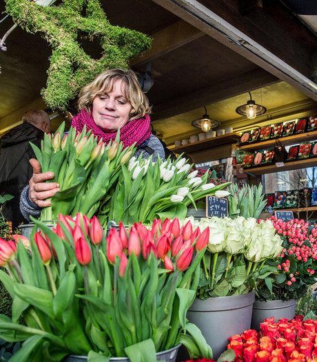 Thejo's Bloemen mag toch op Westermarkt blijven