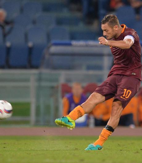 Martina en Waterman met Totti in Team van de Week