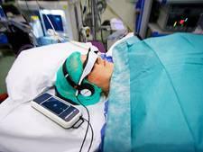 AMC start proef met bioscoopfilm tijdens operatie